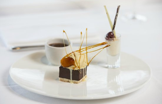 The Swan at Streatley Restaurant & Bar: Trio of chocolate