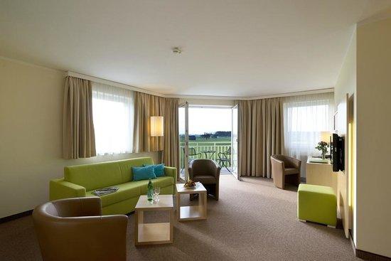 Momentum Hotel: Suite