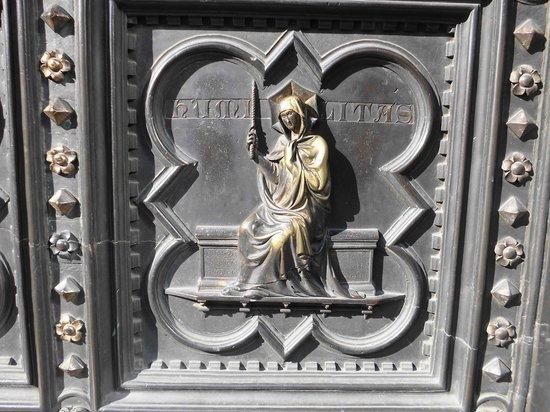 Baptistery of San Giovanni (Battistero) : particolare porta