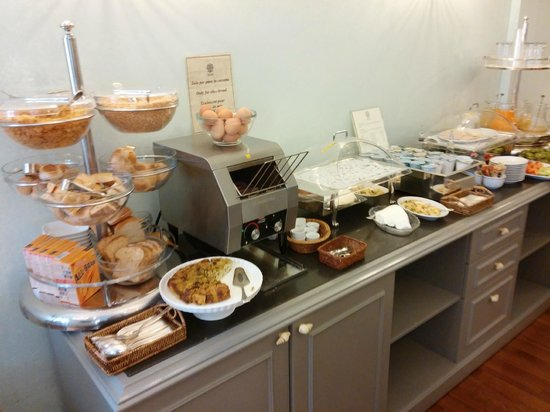 Hotel Mozart: good fresh breakfast