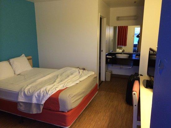 Motel 6 Des Moines North: A double