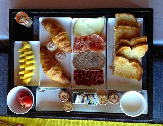 Hotel Can Cuch : Espectacular el detalle del desayuno!