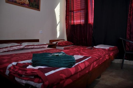 Sea Princess Motel : room for three pax