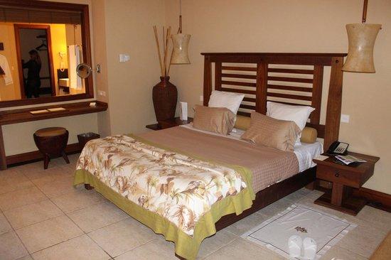 Heritage Awali Golf & Spa Resort : la chambre