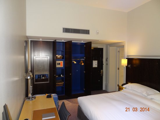 Andaz London Liverpool Street : King room