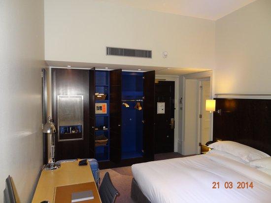 Andaz London Liverpool Street: King room