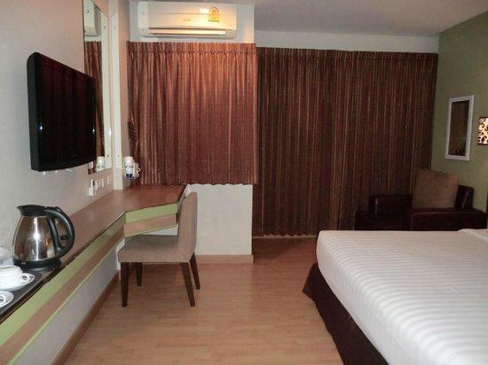 Bangkok Loft Inn : 道路と反対側の部屋でした