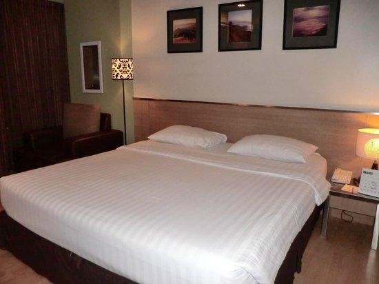 Bangkok Loft Inn : ベッド
