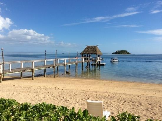 Malolo Island Resort: from the beach bar