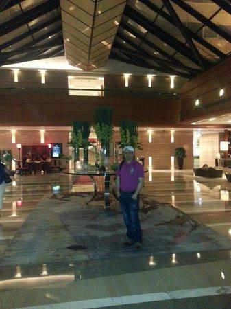 Kempinski Hotel Beijing Lufthansa Center : Hotel Lobby