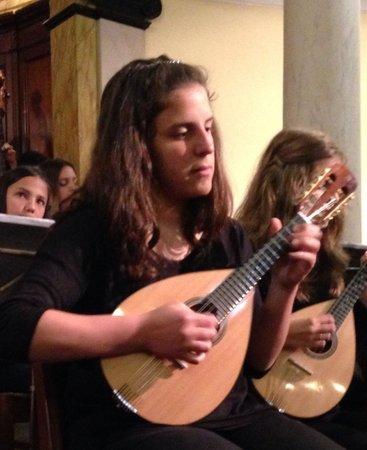 Madeira Mandolin Orchestra : Sara the soloist fantastico