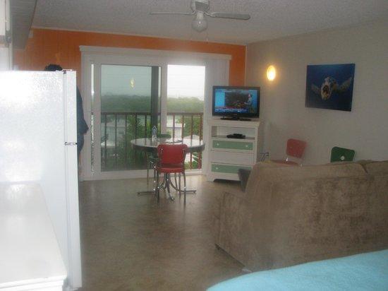 Weston's WannaB Inn: Efficiency Room in Nautilus - View 1