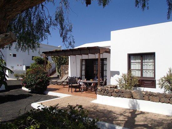 Jardines del Sol: Our bungalow