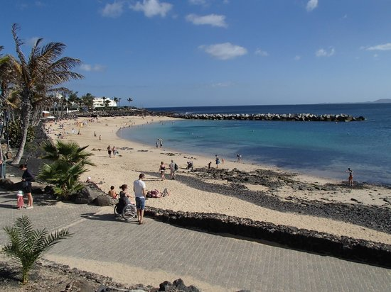 Jardines del Sol : Nearest beach (3 minutes by car)