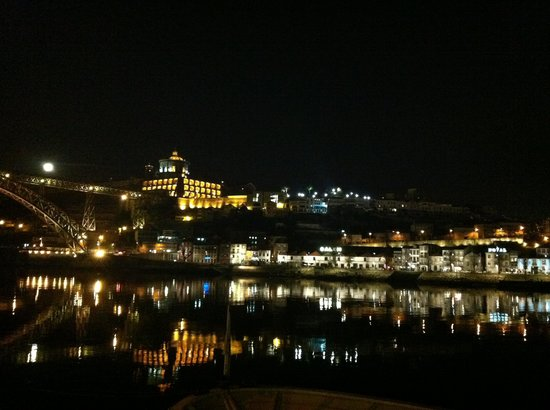 Carris Porto Ribeira: Vista do quarto