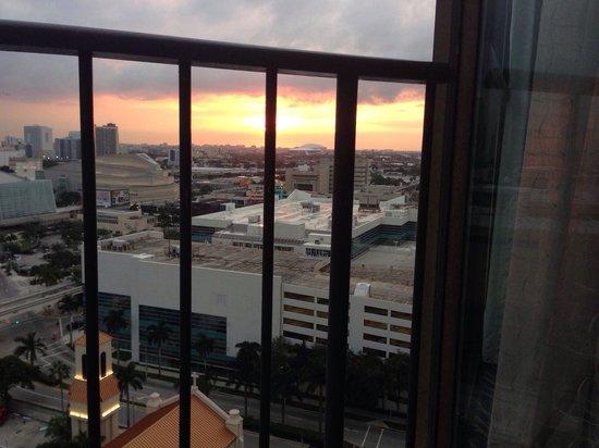 Miami Marriott Biscayne Bay: Zimmer teilweise mit Blick auf sundowner