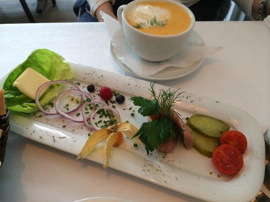 Fischdeel: Probier Matjies und lecker Krabbensuppe