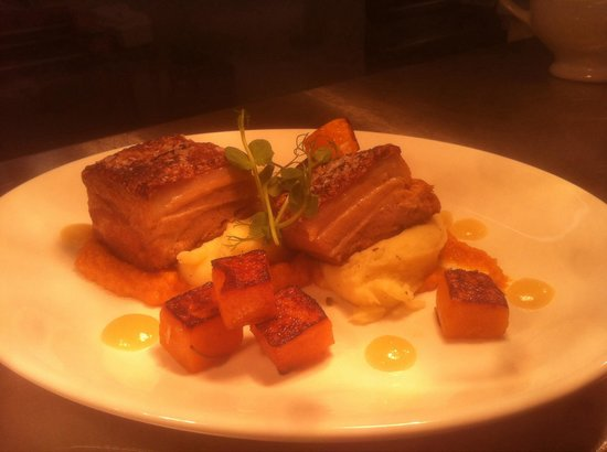 Fox and Hounds: Pork belly