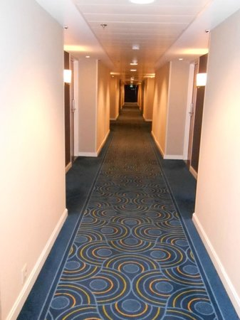 Renaissance Amsterdam Hotel: Corridor to the room