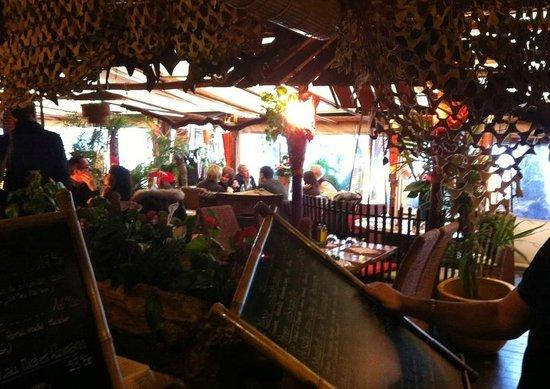 La Cabane : carte et décoration