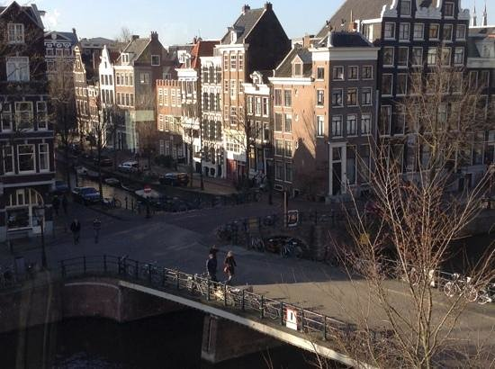 Heren Bed & Breakfast Amsterdam: mid March from the living room