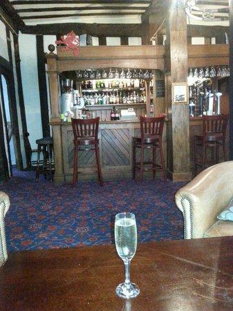 Brook Red Lion Hotel: Bar