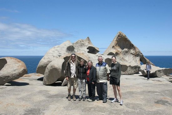 Kangaroo Island Wilderness Tours: Our Tour Group at the Remarkable Rocks