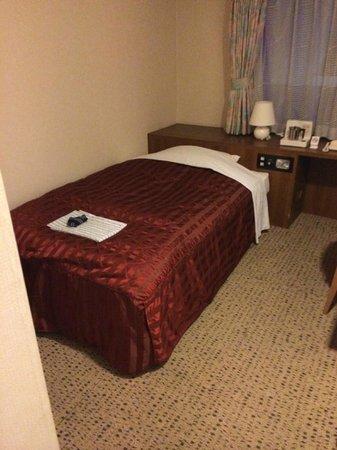 Niigata Toei Hotel: ベッド