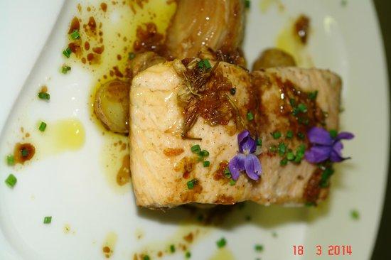 Le Carillon : saumon sauvage, poelee de ratte