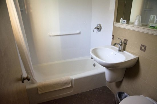 توب نوتش إن: Bathroom