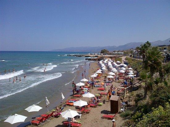 Olympia SunClub : Closest beach