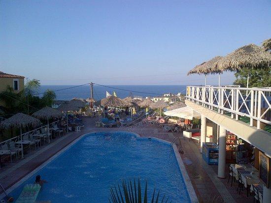 Olympia SunClub: Swimming pool