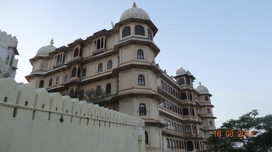 Shiv Niwas Palace: outside view
