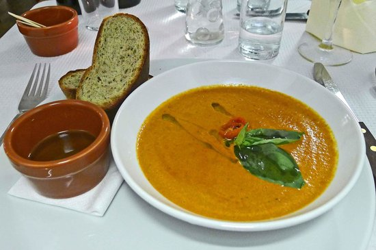 The Purbeck Pizzeria: Red Pepper, tomato and basil soup
