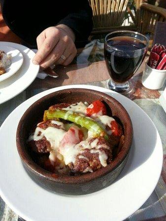 My Mother's Restaurant: Kiremitte köfte