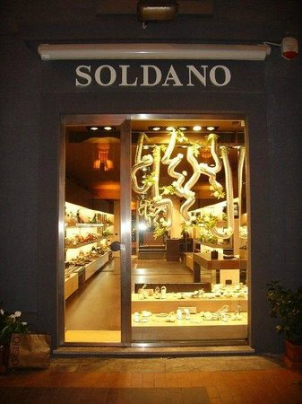 Soldano Shoes and Accessories