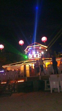 Chuan Island: 6