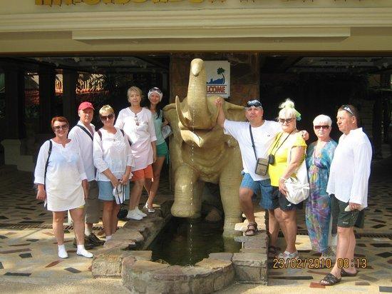 Koh Chang Resort & Spa: Наша дружная компания сибиряков