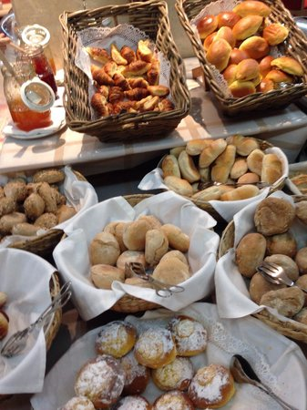 SANA Reno Hotel : Breakfast
