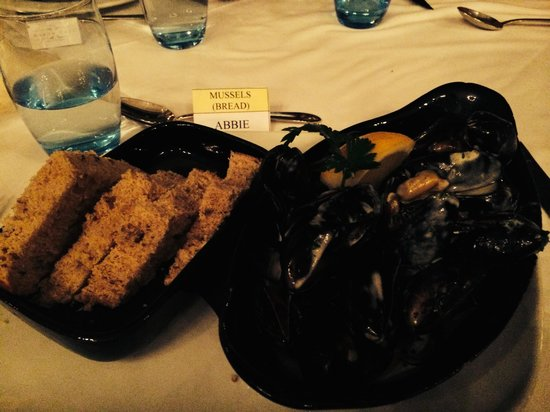 Grand Cafe: Rope Grown Mussels