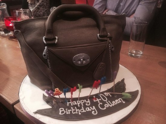 Deano's graze & grill: What a cake !