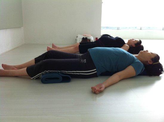 hOMe Yoga: Prenatal Yoga @ Dance Stage