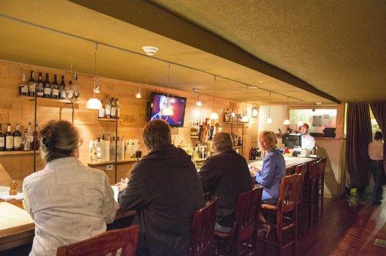 Alta Restaurant & Wine Bar: Bar