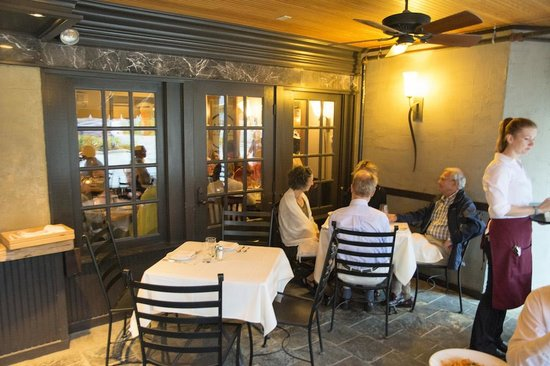 Alta Restaurant & Wine Bar: Restaurant