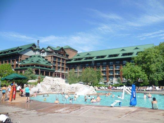 Disney's Wilderness Lodge : Pool area