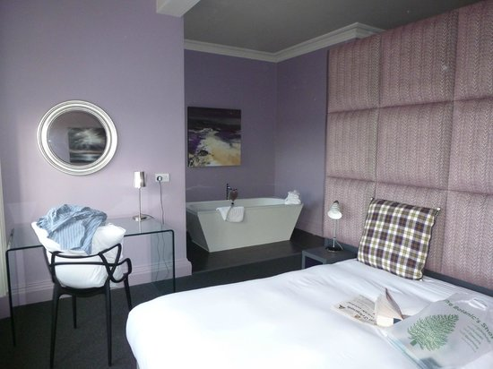 B+B Edinburgh : Our Room