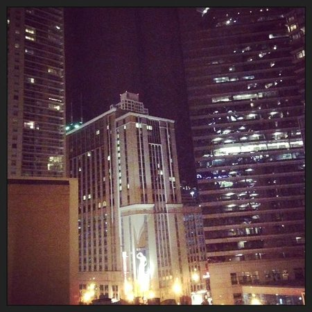 Hampton Inn & Suites Chicago - Downtown : The view!