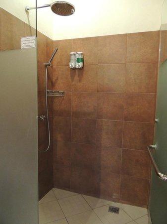 Tegal Sari: Bath Room