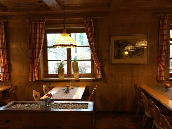 Best Western Hotel Hofgut Sternen: Dining Hall
