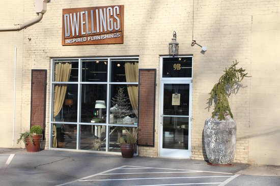 Dwellings: Furniture, accessories, lighting and design